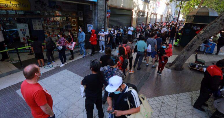Gobierno definirá este lunes las nuevas medidas para la Región Metropolitana