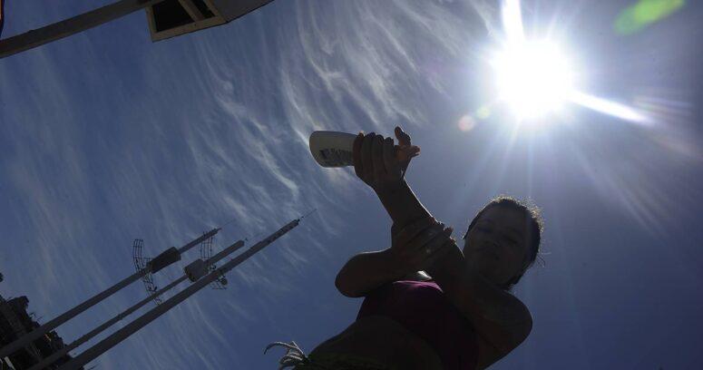 """""""Diez consejos para protegerse de la radiación solar durante el próximo verano"""""""
