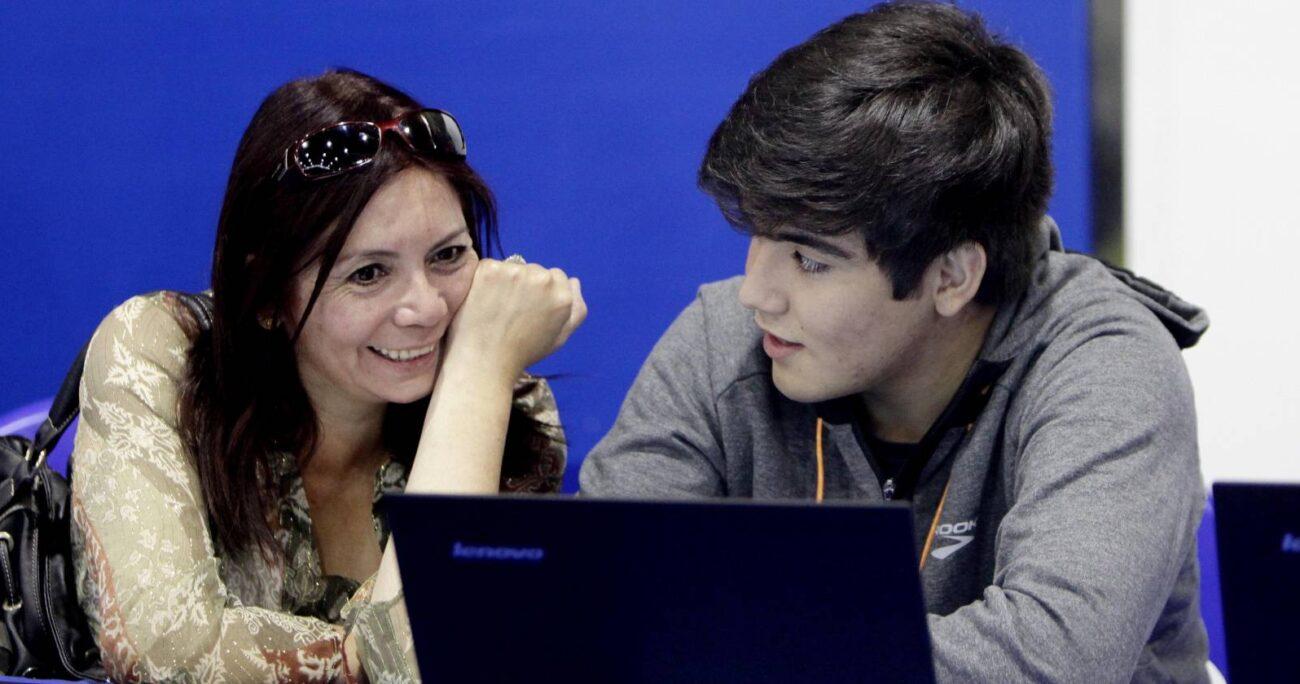 Lanzan buscador online que permite encontrar becas para estudios en educación superior