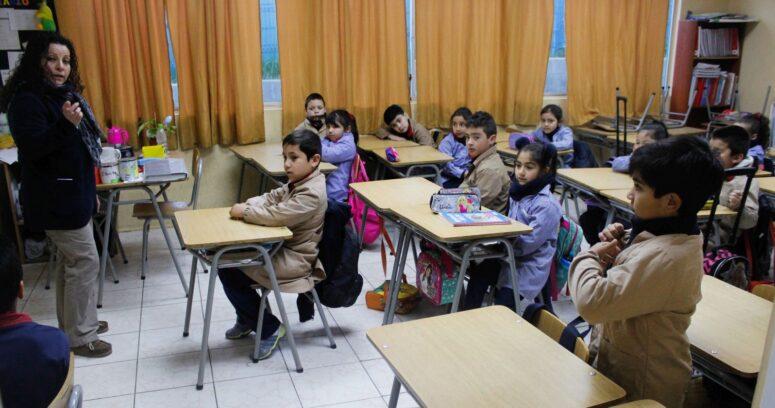 """""""Vivir es convivir"""": programa busca guiar a niños en convivencia y democracia"""