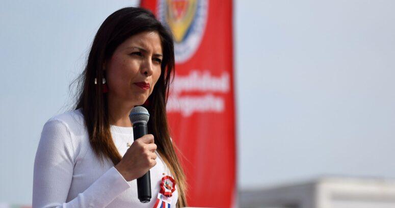 """""""Tribunal Electoral de Antofagasta inhabilita por 5 años a ex alcaldesa Karen Rojo"""""""