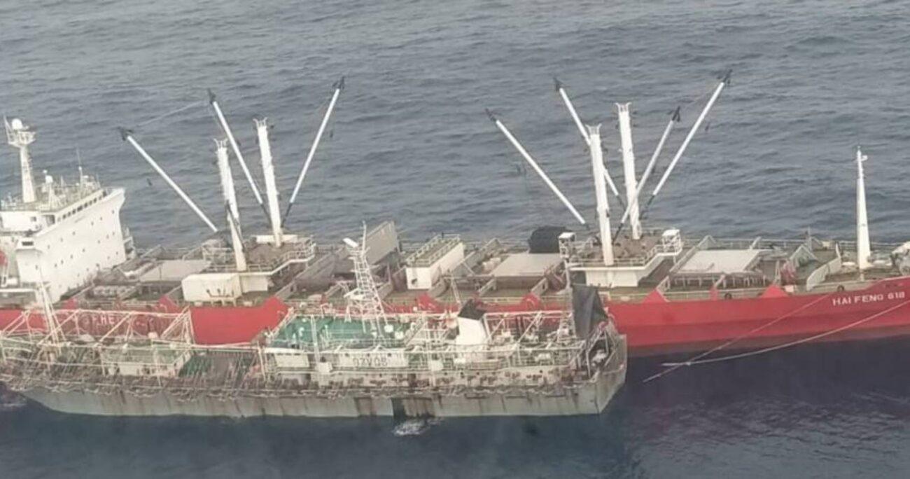 La flota china se dedica a la extracción de calamares.Foto: @eluniversocom