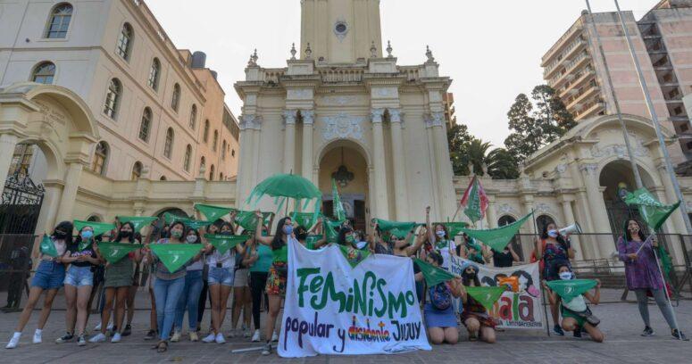Argentina inició el debate parlamentario para legalización del aborto