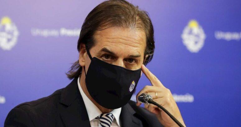 """""""Uruguay cierra todas sus fronteras y despliega militares en pasos desde Argentina y Brasil"""""""