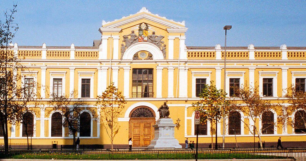 La casa central de la Universidad de Chile. Foto: U. de Chile