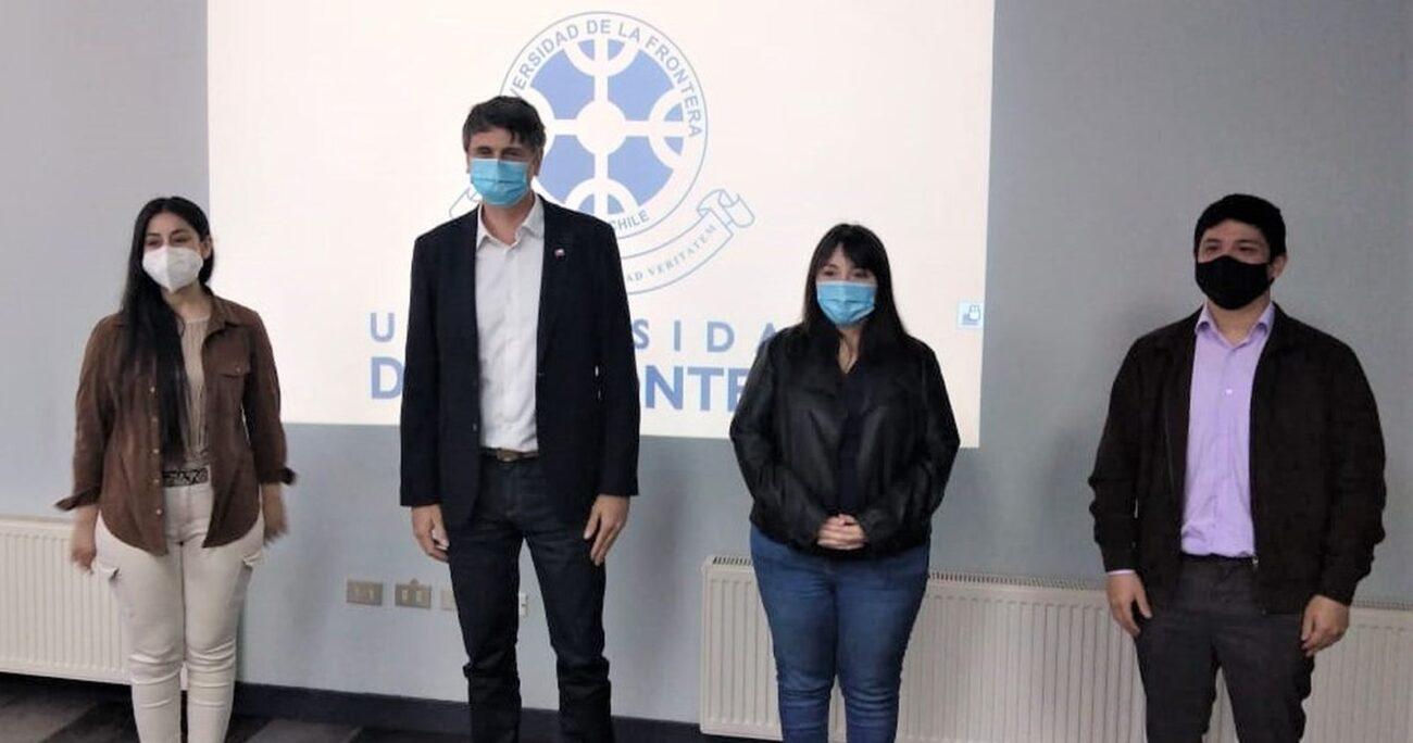 Andrés Couve durante el anuncio de las pruebas. Foto: Ministerio de Ciencia