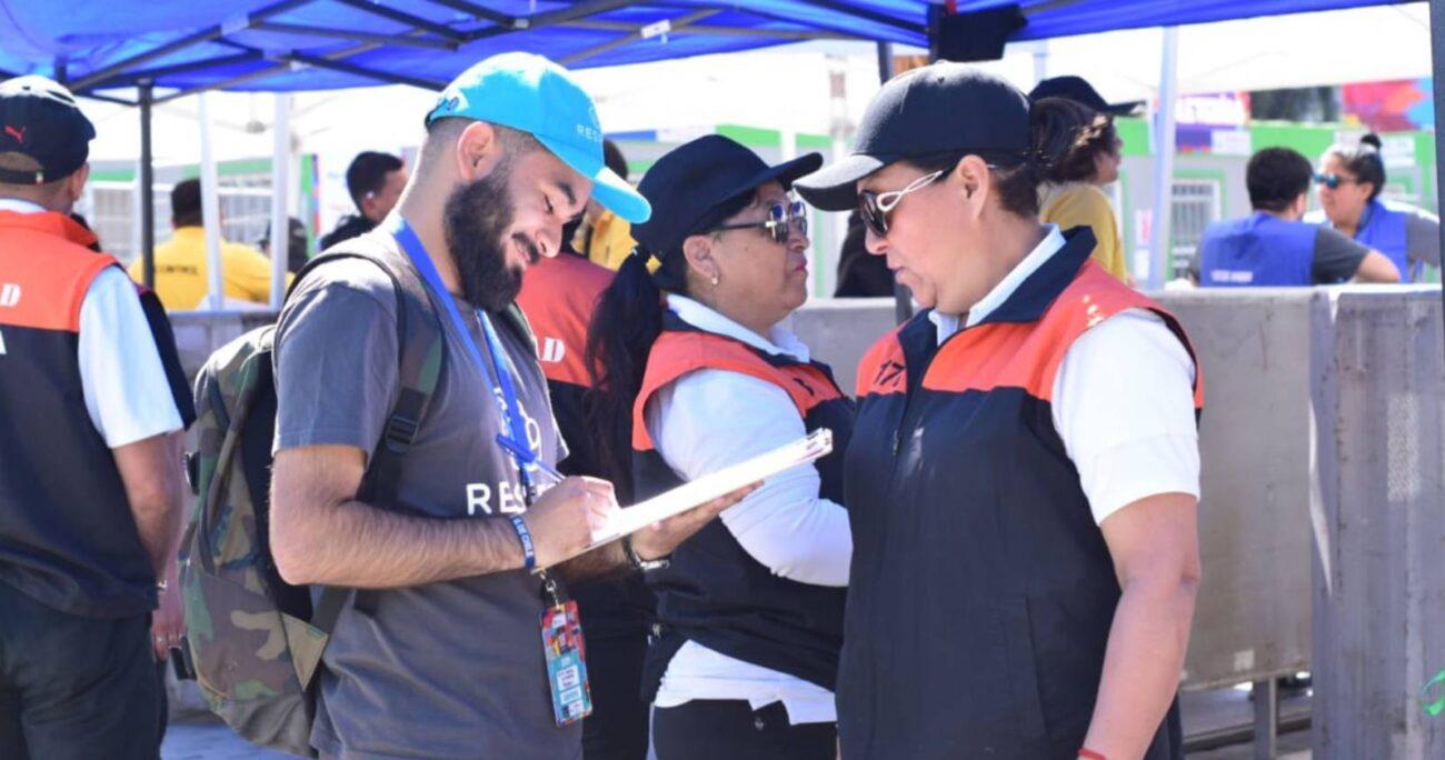 Trabajo de medición en terreno (previo a la pandemia). Foto: gentileza Respect.