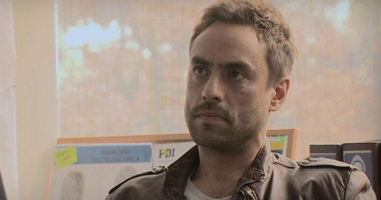 Actor Álvaro Gómez fue detenido por conducir su moto sin licencia ni patente