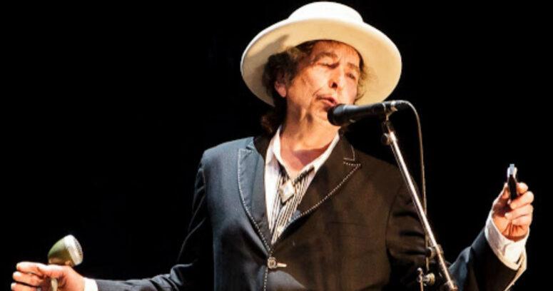 """""""Universal adquiere toda la obra como compositor de Bob Dylan en millonario acuerdo"""""""