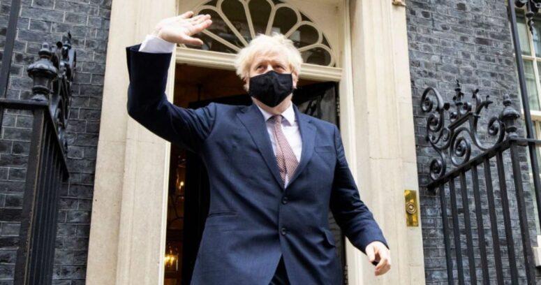 """""""Boris Johnson celebra la aprobación de la vacuna de Pfizer:"""