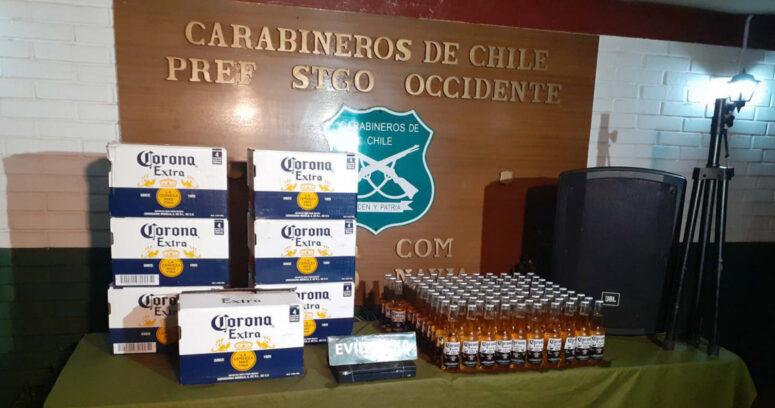 Carabineros detuvo a 30 personas que participaban de fiesta clandestina en Cerro Navia