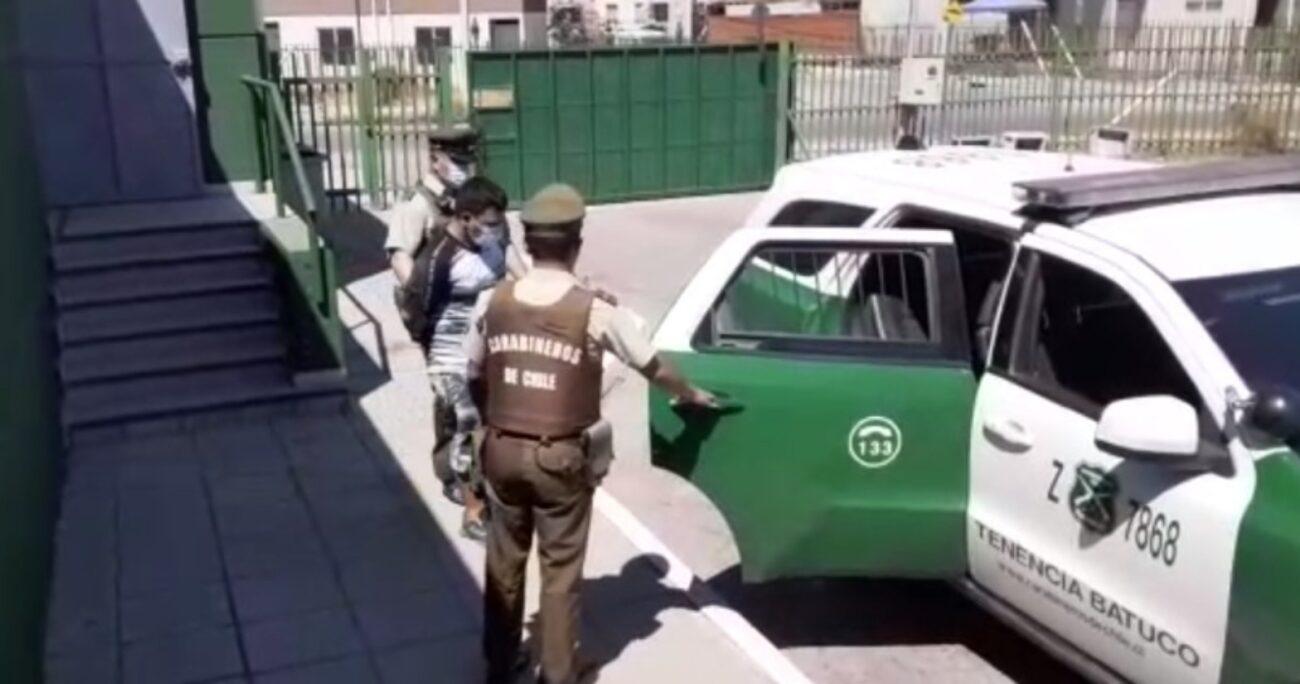 Personal de Carabineros logró la detención del individuo. Foto: Carabineros