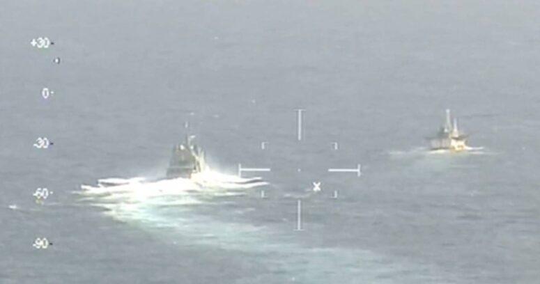 Armada confirma que flota pesquera china navega frente a aguas chilenas