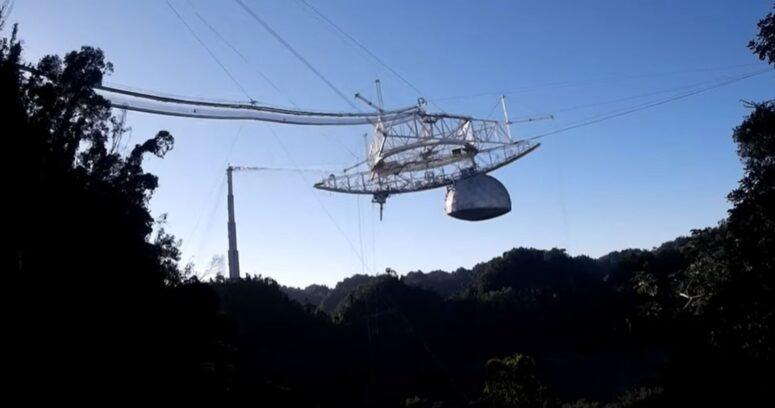 VIDEO – El impactante colapso del telescopio de Arecibo en Puerto Rico