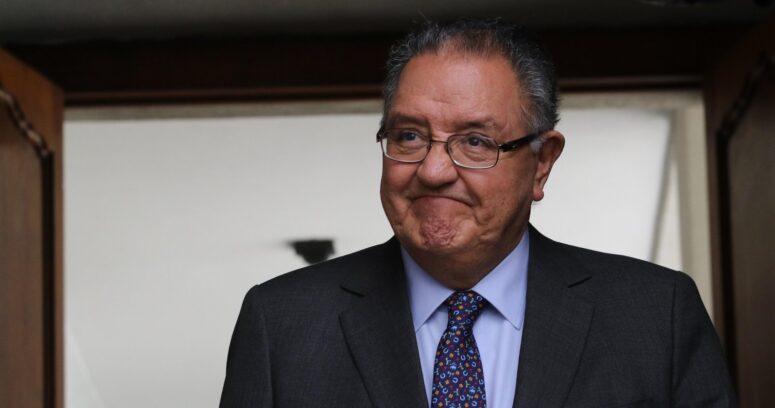 El conflicto de interés del senador Huenchumilla en proyecto de firma electrónica