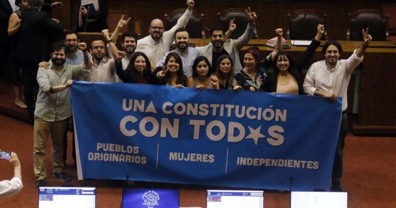 """Independientes defienden listas sin mecanismo """"cebra"""" ante cuestionamientos al Servel"""