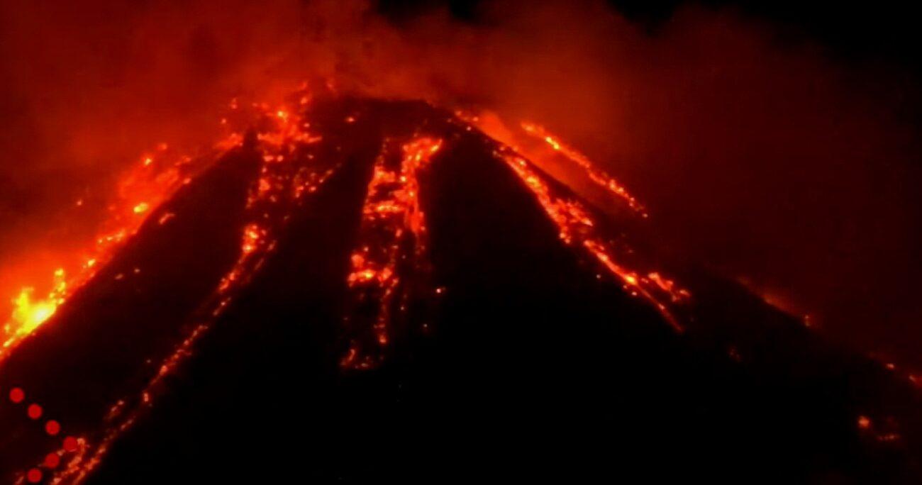 Erupción de volcán Etna. Foto: captura de video.