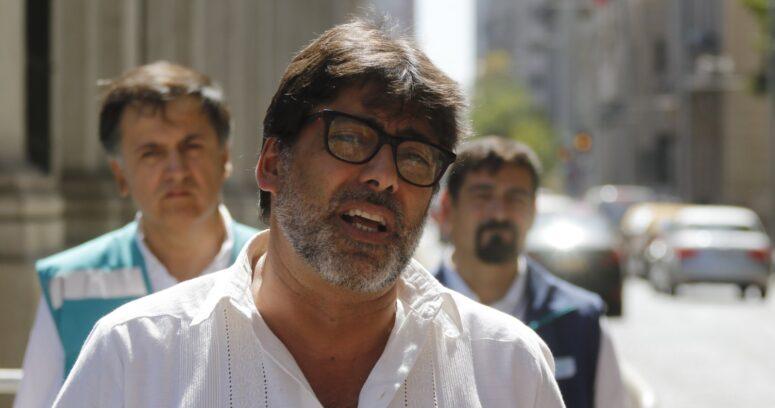 """""""Completamente de acuerdo"""": Jadue recoge el guante por llamado de Paula Narváez a primaria abierta"""