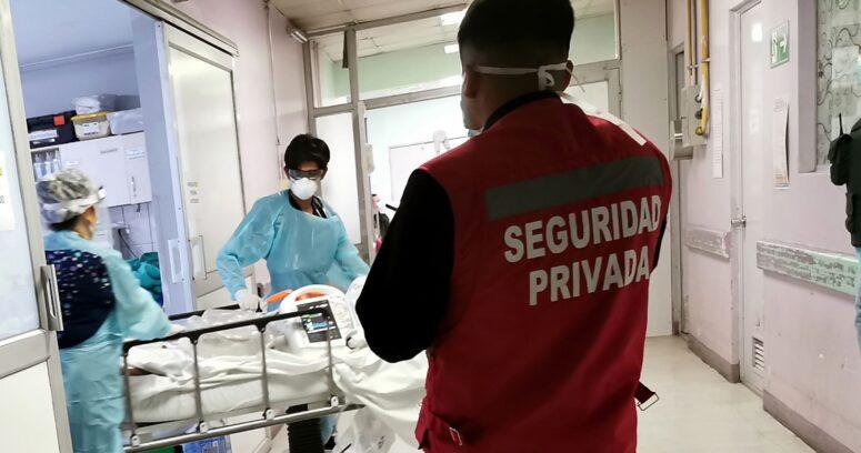 Covid: ocupación de camas UCI en Hospital Van Buren llega al 100%