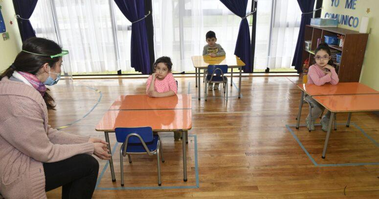 El debate que generó la reapertura de los jardines infantiles y sala cuna en fase 2