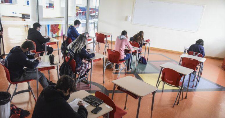 Catastro del Mineduc: 85% de los colegios que reabrieron no tuvieron casos de COVID-19