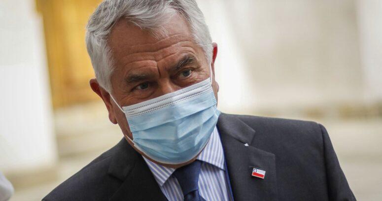 """Paris respondió al Colegio Médico: """"No hay ninguna amenaza a los funcionarios"""""""