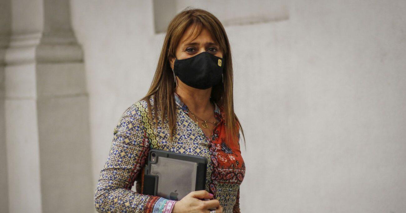 La ex presidenta de la UDI criticó la renuncia del titular de Hacienda. Foto: Agencia Uno