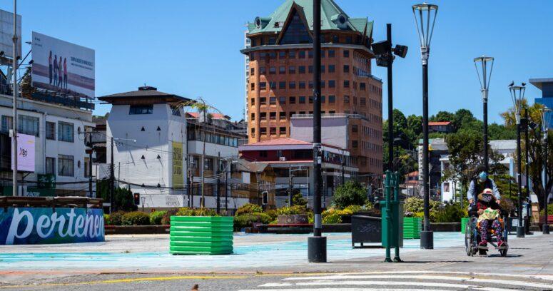 Puerto Montt, Iquique y Antofagasta lideran las cifras de casos activos de coronavirus