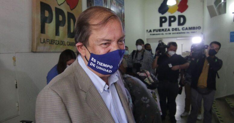 """Francisco Vidal pidió perdón por """"errores brutales"""" como el CAE y el Transantiago"""