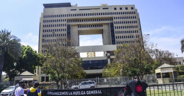 Comisión de Derechos Humanos del Senado aprobó idea de legislar indulto a detenidos durante estallido social