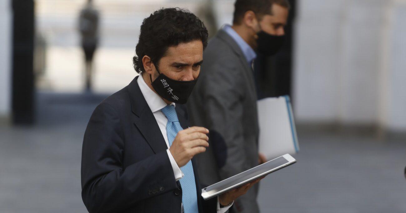 El presidente de Evópoli, Andrés Molina, confirmó que Briones será candidato a las primarias de Chile Vamos. Fuente: Agencia Uno.