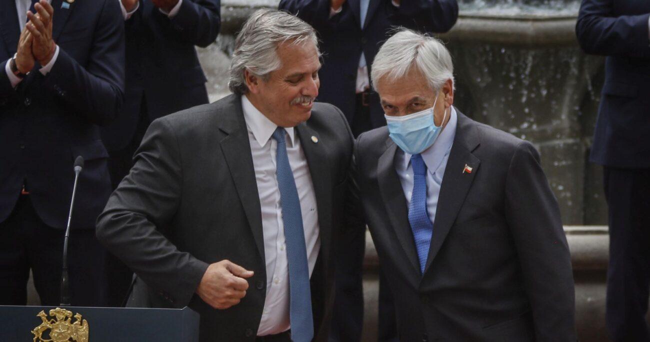Fernández durante su encuentro con el Presidente Piñera en La Moneda. Foto: Agencia Uno