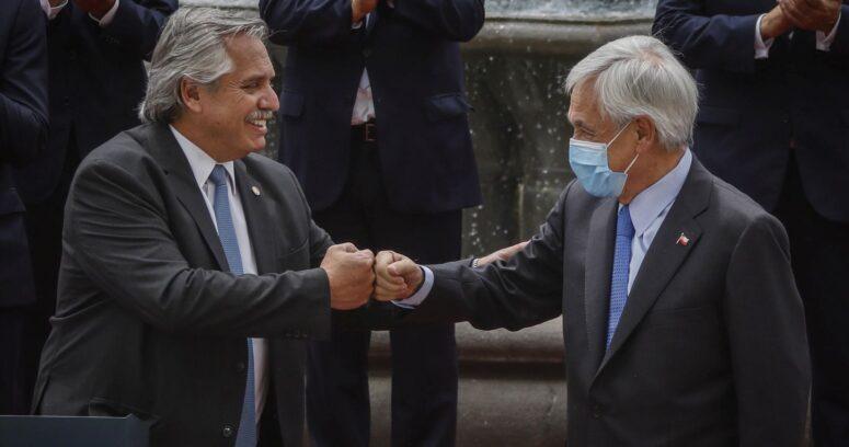"""Piñera recibió a Fernández en La Moneda para estrechar los lazos de """"amistad y colaboración"""""""