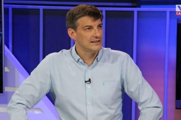 """""""Daniel Stingo confiesa que el Frente Amplio le ofreció ser candidato presidencial"""""""