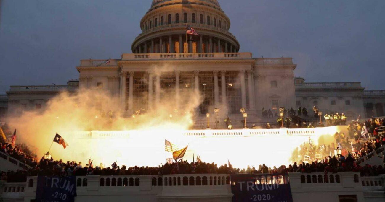 El Capitolio fue atacado por seguidores de Donald Trump durante el 6 de enero.