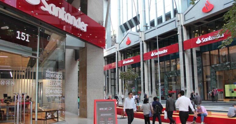 Santander anuncia cambios en sus gerencias de Banca Comercial y Banca Empresas