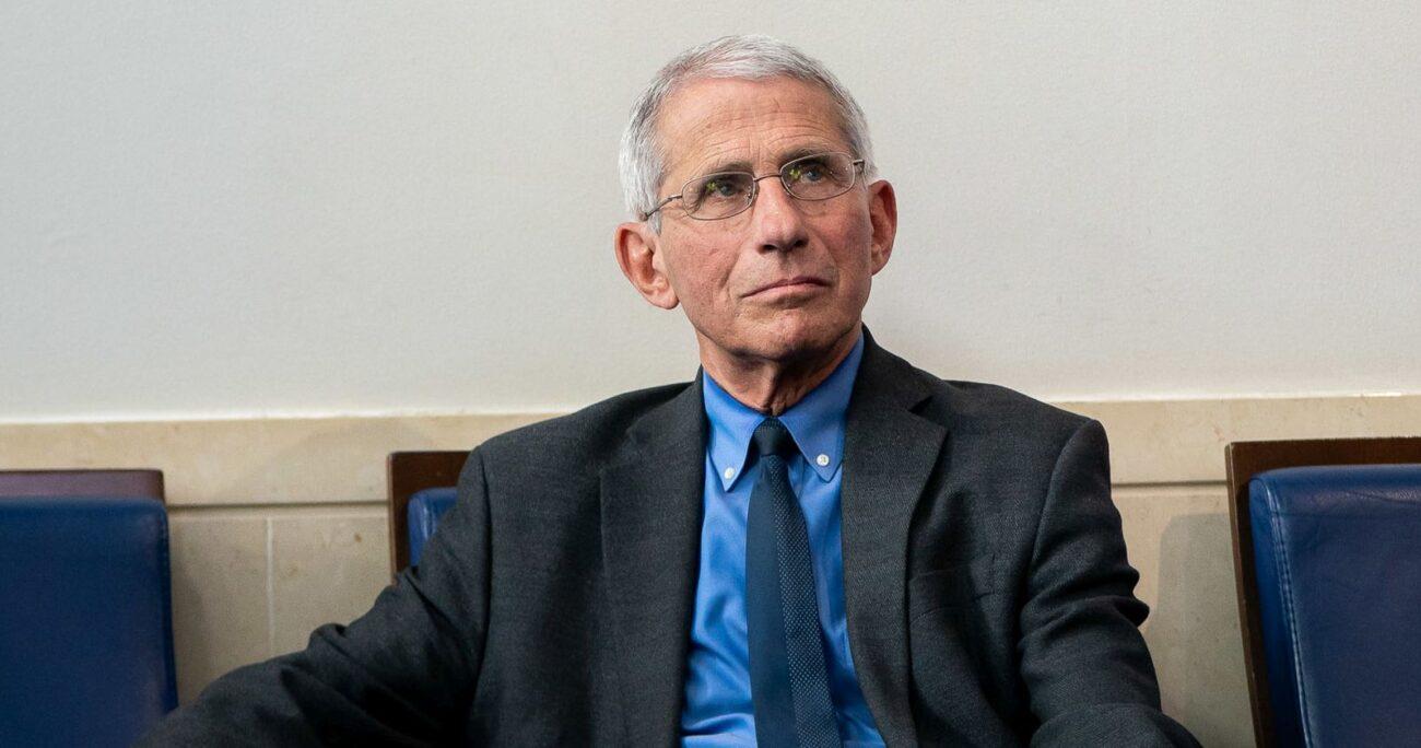 El asesor gubernamental informó de los cambios en la política del país frente a la pandemia. Foto: The White House.