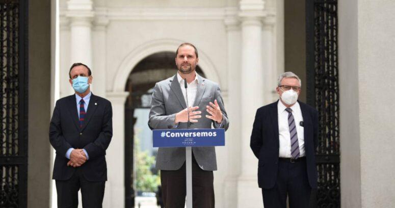 """Ministro Bellolio sobre Tenemos que Hablar de Chile y sus primeros resultados: """"Destaco que haya sido una conversación de puertas abiertas"""""""