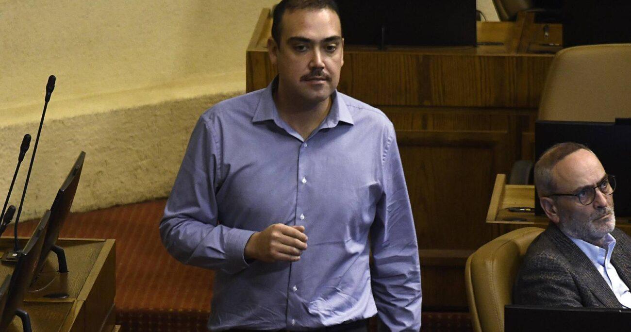 El parlamentario calificó la salida de Briones como