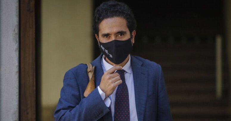 """""""Encuesta Cadem: aprobación de ministro Briones aumentó 9 puntos ante posible candidatura presidencial"""""""
