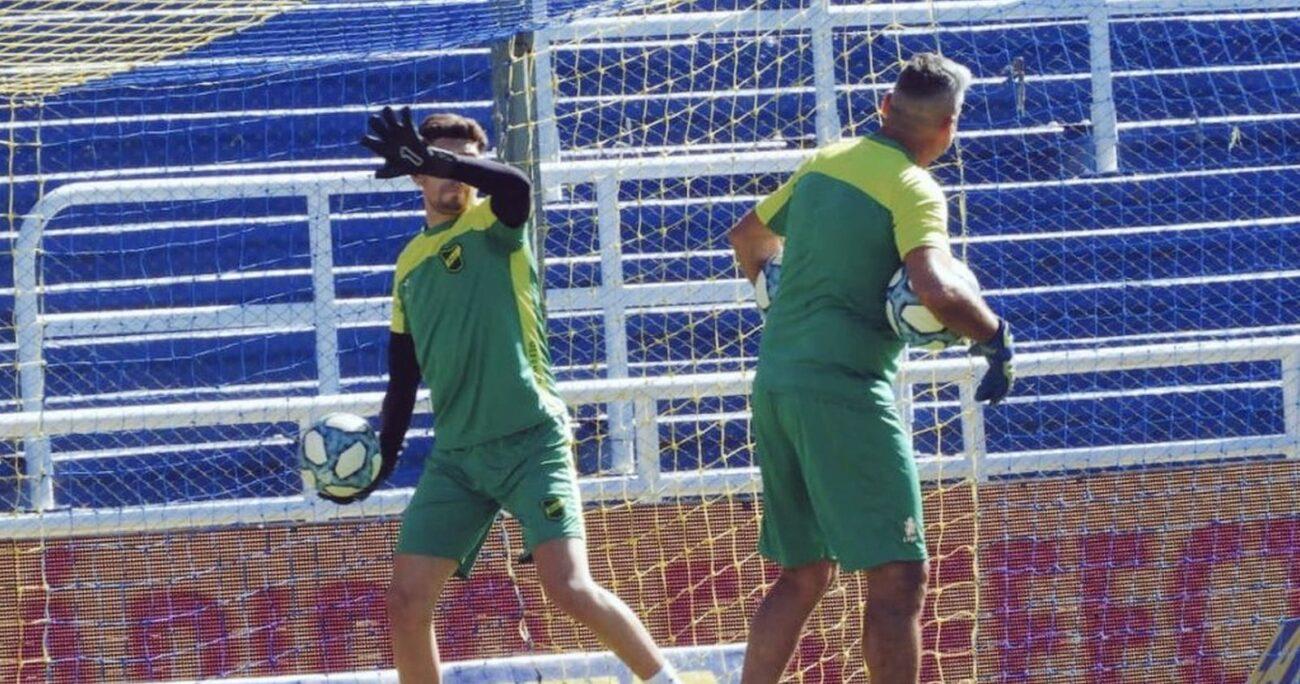 Los jugadores argentinos deberán mantener su aislamiento en Chile. Foto: Defensa y Justicia.