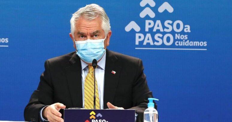 """Ministro Paris: """"Solo el 56% de las camas son ocupadas por pacientes COVID-19"""""""