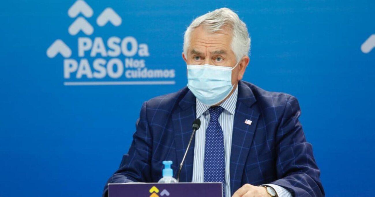 El ministro aseguró que esperan vacunar a 15 millones de personas de aquí a junio. Foto: Minsal.