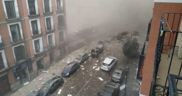 Al menos dos personas murieron tras fuerte explosión en centro de Madrid