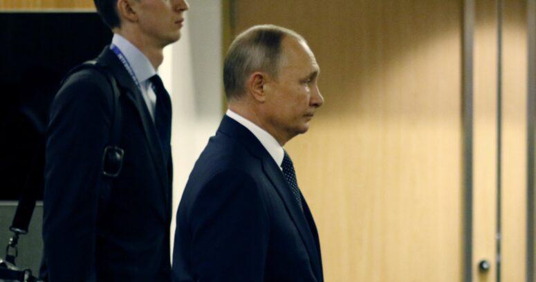 """Putin acusa a Occidente de difundir """"teorías de la conspiración"""" contra logros de Rusia"""