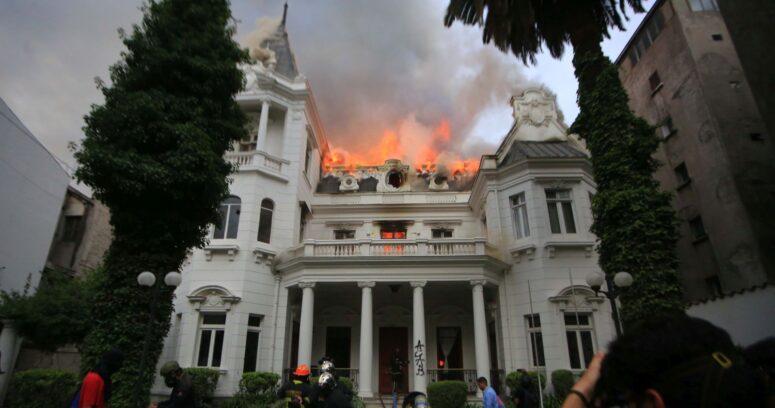 En segundo juicio: declaran culpable a imputado por incendio en la Universidad Pedro de Valdivia