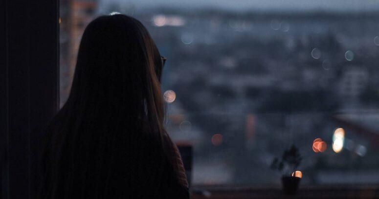 Japón crea el Ministerio de la Soledad por aumento de suicidios durante la pandemia