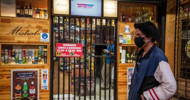 Botillerías denuncian ante la FNE desabastecimiento de cervezas