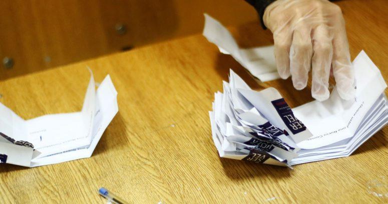 Servel se mostró de acuerdo en desarrollar las elecciones en dos días