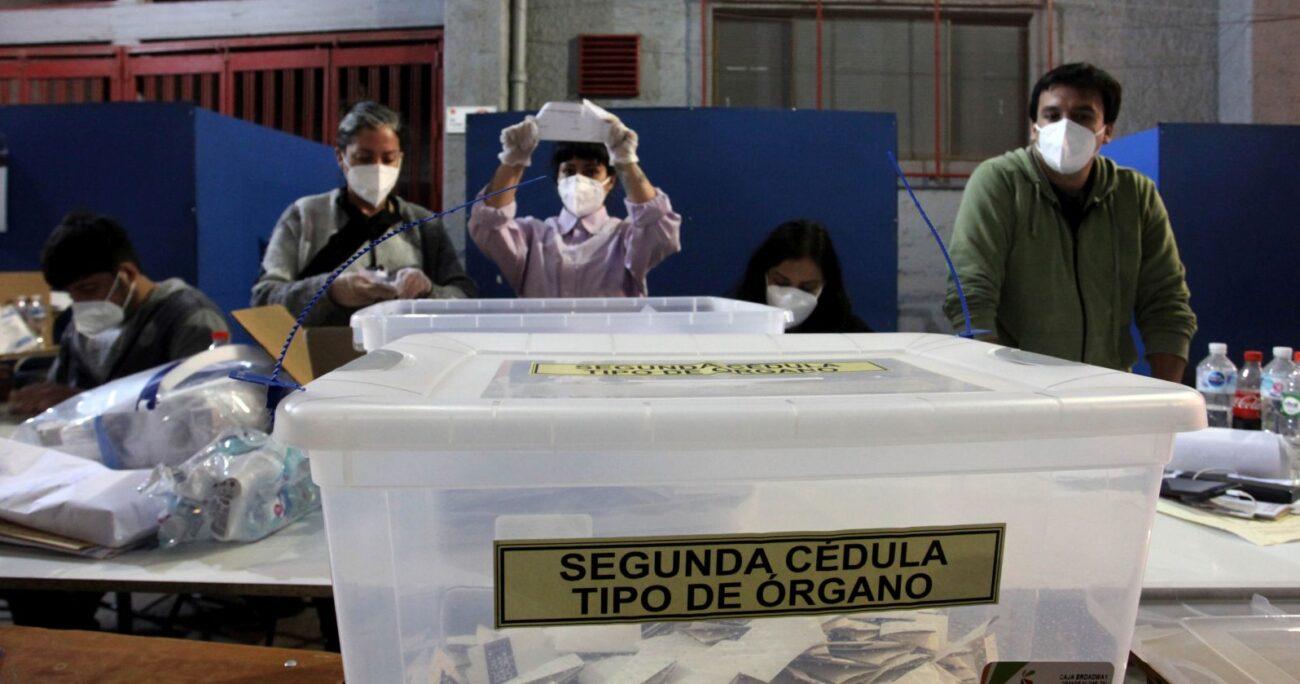 El plebiscito de octubre de 2020 entregó su respaldo al cambio constitucional. Foto: Agencia Uno